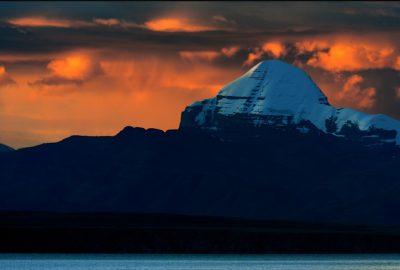 Holy Tibet Tour